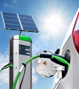 Auto-Ladestation mit Solar-Einheit